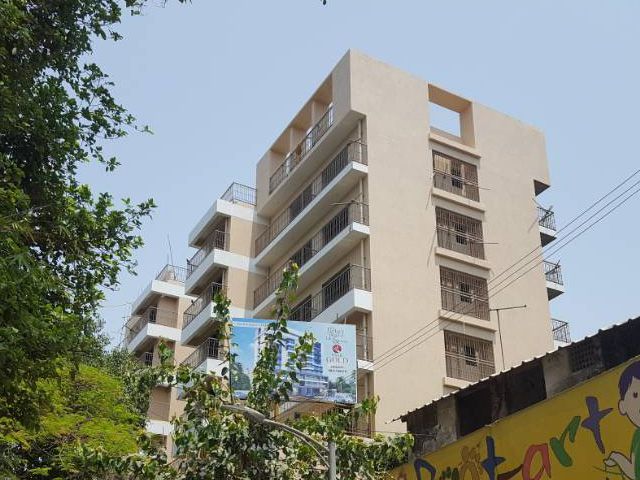 Pinak Gold - An Exclusive 3 BHK apartments located on Ram Maruti Road Thane
